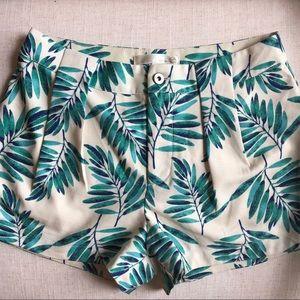 JOA Tropical Leaf Printed Shorts